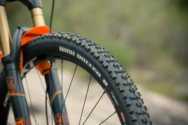 Maxxis Tyres-4600