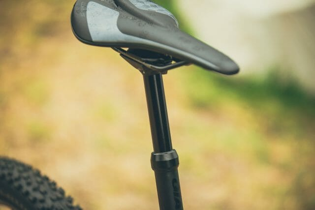 We feel that a 100mm dropper post on our Medium sized test bike is a bit short.