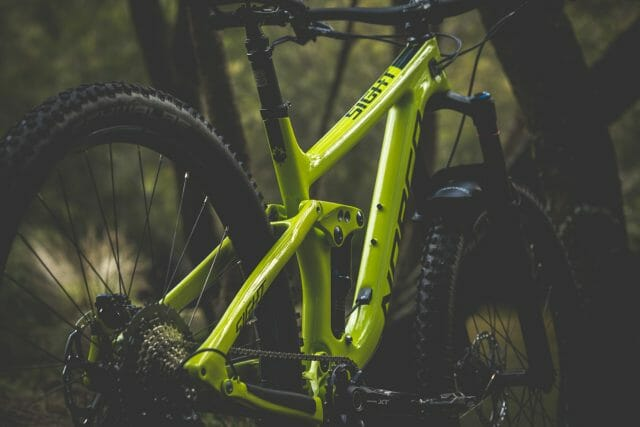 The fluid lines and chunky shapes of the Sight are quite tidy, their latest release bikes are looking very tidy indeed.