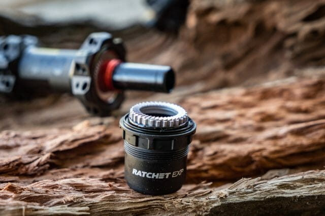 dt swiss 180 ratchet exp freehub