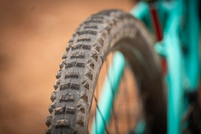 2020 gt force 29 expert maxxis minion dhr ii exo+ tyre