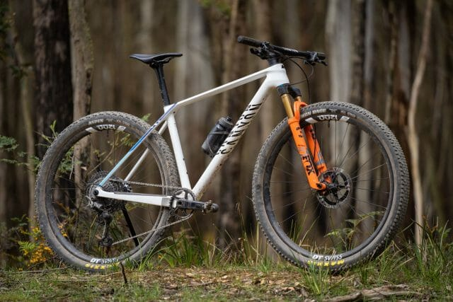 2021 canyon exceed cfr team carbon hardtail
