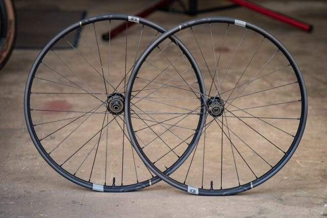 crank brothers synthesis xct 11 carbon wheels