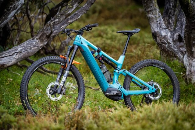 canyon spectral:ON cf 8
