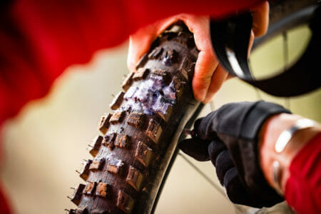 specialized kenevo sl tyre tire puncture