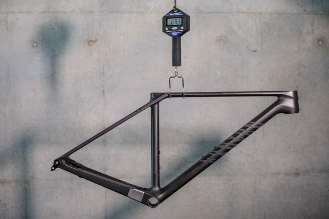 canyon exceed cfr weight carbon frame